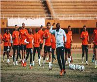 قبل مواجهة بطل النيجر| سر عدم إقامة الأهلي مرانه الختامي على ملعب المباراة