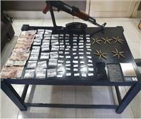 ضبط شخص يقوم بالاتجار بالمواد المخدرة وبحوزته سلاح في سوهاج