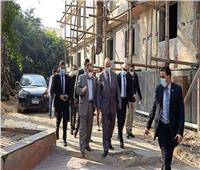 محافظ القاهرة يتفقد مستشفى الخليفة ويشيد بالأطقم الطبية لمواجهة كورونا