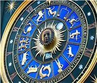 «حظك في إيدك» | نصائح وتوقعات الأبراج لعام 2021