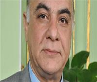 أستاذ أوعية دموية يكشف أسباب زيادة وفيات كورونا في مصر.. فيديو