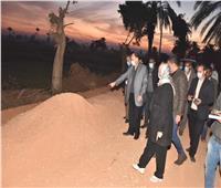 محافظ أسيوط يتفقد إنشاء طريق دير المحرق