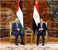 السيسي يرسل برقية تهنئة لمحمود عباس بمناسبة أعياد الميلاد