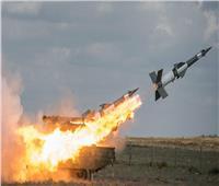 الدفاعات الجوية السورية تتصدى لهجوم إسرائيلي على حماه.. فيديو