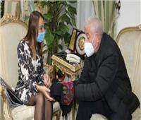 محافظ جنوب سيناء يدعو الشعب الروسي لزيارة شرم الشيخ