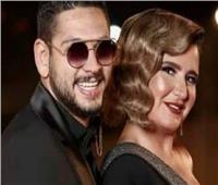 """محمود شاهين ..يعبر عن حبه برسالة لـ""""هنا شيحة"""""""