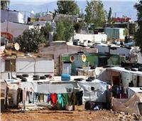 مئات اللاجئين السوريين يفرون من مخيم بلبنان بعد حريق