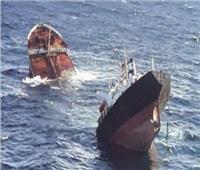 غرق سفينة صيد روسية على متنها 19 صيادا