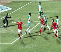 انطلاق الشوط الثاني من مباراة الأهلي والاتحاد