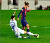 بعد إهدار ركلة جزاء.. برشلونة يتعادل سلبياً مع إيبار في الشوط الأول| فيديو