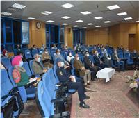 محافظ المنيا يبحث خطط التمنية في «مبادرة 1500 قرية»