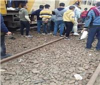 سقوط شاب من قطار الصعيد بـ«المنيا»