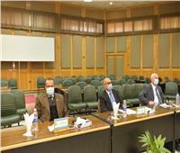 رئيس جامعة أسيوط: 1350 كمبيوتر لتعميم تطبيق الامتحانات الإلكترونية