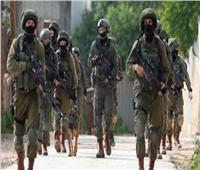 «اخفض سلاحك أو سأقيد يديك».. واقعة محرجة لقائد كبير بالجيش الإسرائيلي