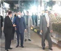 محافظ القاهرة يتفقد حي شبرا ويهنئ الأقباط