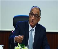 طارق عامر: نسقنا مع البنوك للمشاركة في تمويل تحويل السيارات للعمل بالطاقة النظيفة
