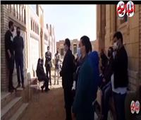 أخبار اليوم   وصول جثمان وحيد حامد إلى مقابر العائلة بطريق الفيوم.. فيديو