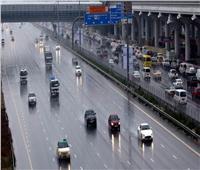بالفيديو.. سقوط أمطار رعدية غزيرة على أبوظبي