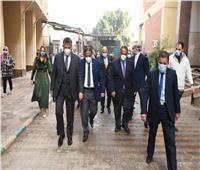 رئيس جامعة عين شمس يفتتح مركز الإبصار الإلكتروني