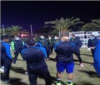 المقاولون يخوض أول تدريب في تونس وجلسة تحفيزية من رئيس البعثة