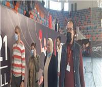 لجنة المتطوعين لبطولة العالم لكرة اليد تتابع التدريبات بصالة برج العرب