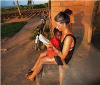 امرأة بقلب دافئ.. «آنيا رينجرين لوفين» تتحدث عن مأساة الجوع في إفريقيا