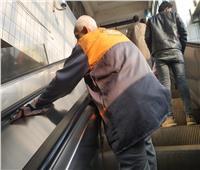 الأيادي الشقيانة.. من يحمي العاملين بالمترو والسكة الحديد من فيروس كورونا؟