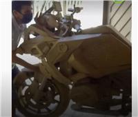 دراجات بخارية مصنوعة من ورق «الكرتون»