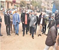 محافظ أسيوط يناشد المواطنين بالإلتزام بالكمامة ومنع التجمعات