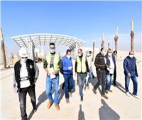 مسئولو «الإسكان» يتفقدون المشروعات المختلفة بالعاصمة الإدارية الجديدة.. صور