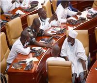 قوة من الجيش في غانا تدخل مقرّ البرلمان لإعادة الهدوء