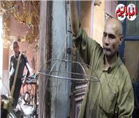 «عم مصطفى» صانع العرائس من الحديد| فيديو