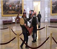 القبض على سارق منصة الكونجرس الأمريكي