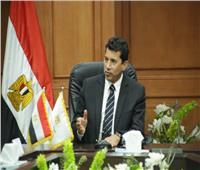وزير الرياضة يتفقد الاستعدادات النهائية بالصالة المغطاة بالعاصمة الإدارية الجديدة