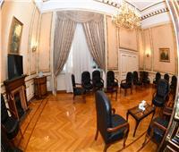 النواب يشدد من إجراءته الاحترازية وينظم ساحات الانتظار بداخله ومقاعد النواب