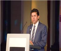 «وزير الرياضة» يتابع وصول 10 منتخبات للمشاركة فى كأس العالم لكرة اليد