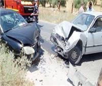 إصابة 5 أشخاص في حادث تصادم سيارتين بسوهاج