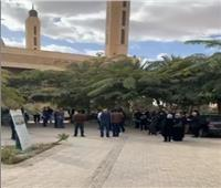 أبرز رجال مبارك.. عائلة صفوت الشريف تستعد لتأدية صلاة الجنازة  فيديو
