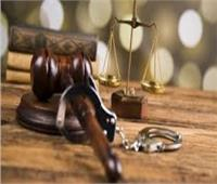دموع الأم واستعطافها للمحكمة برأت الابن من قتل شقيقه
