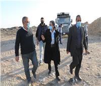 وزيرة البيئة في جولة تفقدية لعدد من مواقع التخلص الآمن من المخلفات بالقاهرة.. صور