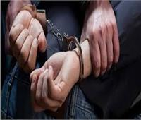 ضبط عاطلين وبحوزتهما مواد مخدرة قبل توزيعها على عملائهما في بني سويف