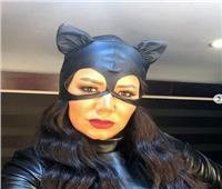 صور.. رانيا يوسف بملابس «Cat Woman»