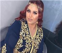 تفاصيل القبض على الفنانة الشعبية الشهيرة خلال حفل زفافها.. فيديو
