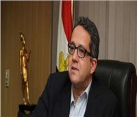 وزير السياحة يبحث مشكلات أصحاب البازارات بأسوان