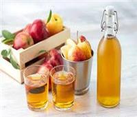 يمنع ظهور القشرة.. فوائد خل التفاح للشعر