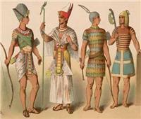 تعرف على أشكال الملابس بين الأسر الفرعونية | صور