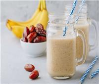 مشروب الطاقة.. 3 فوائد مهمة لعصير الموز بالتمر