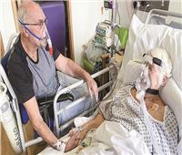 آخر وداع.. الأطباء يوافقون على لقاء زوجين مصابين بكورونا