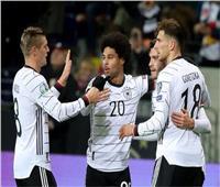 طبيب منتخب ألمانيا: لا أولوية لحصول اللاعبين على لقاح كورونا