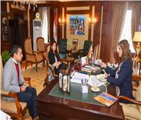 وزيرة الهجرة تتفق مع مصريين في الخارج لإطلاق الأغنية الرسمية لـ «اتكلم عربي»